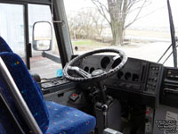 Autobus Drummondville - Bourgeois Tours 03055 (ex-Golden Arrow 247)