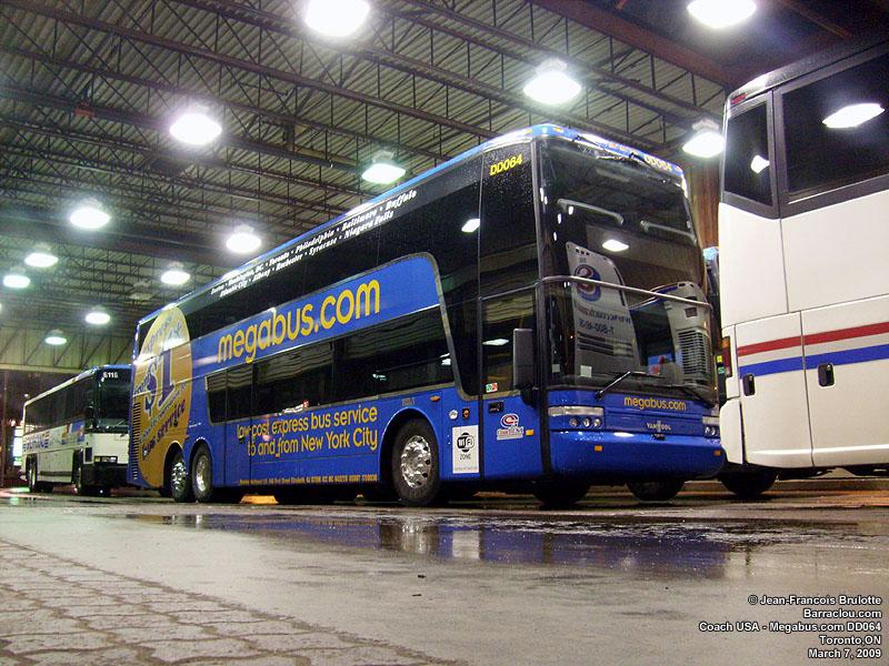 Megabus DD064