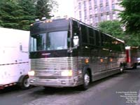 Prevost Motorhome - Reel Big Fish tour bus