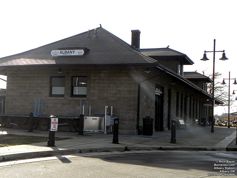 Oregon stations, depots and infrastructures - Barraclou.com