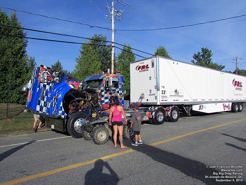 Drag Racing Cars >> Accélération St-Joseph-de-Beauce Big Rig Drag Racing 2015 - Barraclou.com